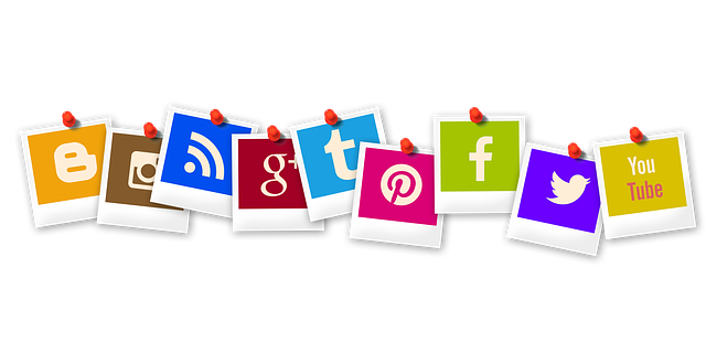 push your audience to your website by coordinating your social media channels