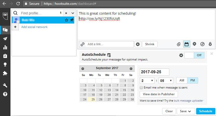 hootsuite schedule content